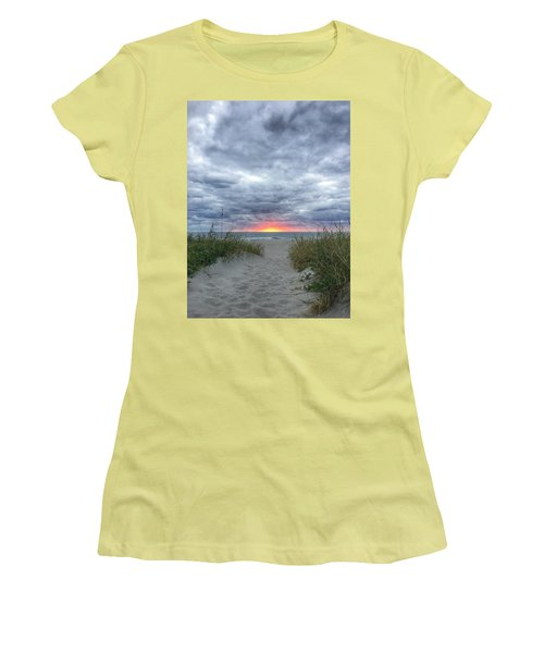 Hope On The Horizon Delray Beach Florida  Women's T-Shirt (Athletic Fit)