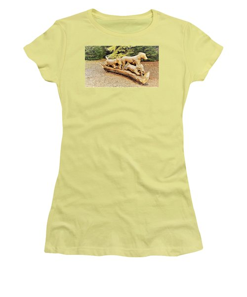 Hounds On The Run Women's T-Shirt (Athletic Fit)