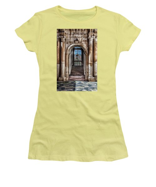 House Entrance Palermo  Women's T-Shirt (Athletic Fit)
