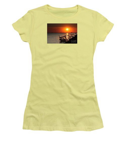 Husum Sunset Women's T-Shirt (Athletic Fit)