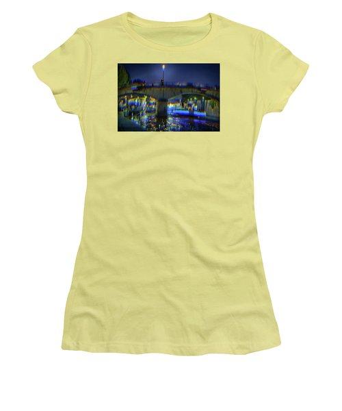 I Remember Paris Women's T-Shirt (Athletic Fit)