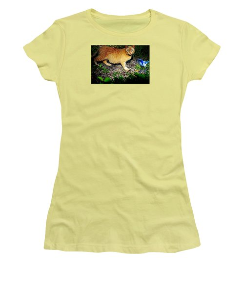I See A Puddy Kat Women's T-Shirt (Junior Cut) by Nick Kloepping