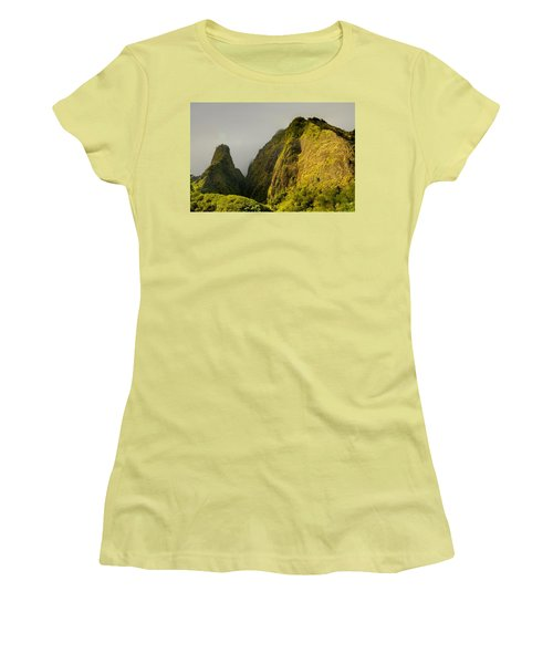 Iao Needle And Mountain Women's T-Shirt (Athletic Fit)