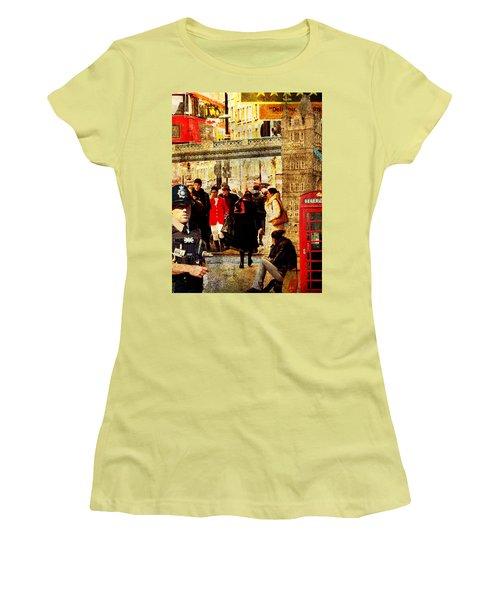 Iconic London Women's T-Shirt (Junior Cut) by Judi Saunders