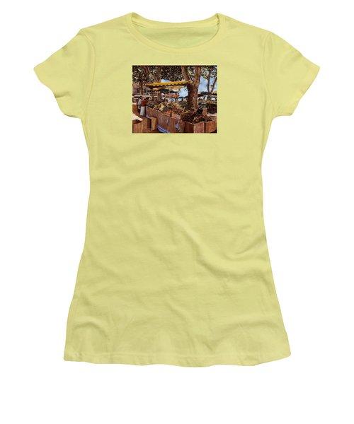 il mercato di St Paul Women's T-Shirt (Athletic Fit)