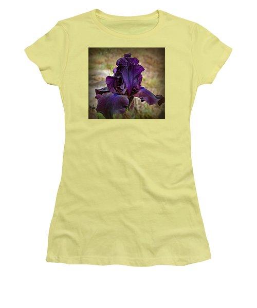Iris Beauty Women's T-Shirt (Junior Cut) by Katie Wing Vigil
