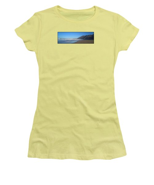 Irish Beach With Border Women's T-Shirt (Athletic Fit)