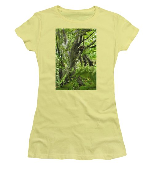 It Was A Windy Day.... Women's T-Shirt (Athletic Fit)