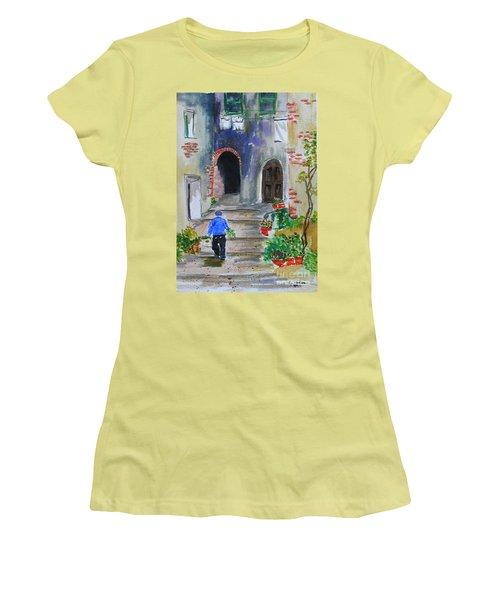 Italian Alleyway Women's T-Shirt (Athletic Fit)