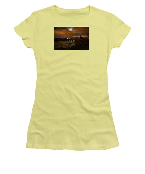 James River At Night Women's T-Shirt (Athletic Fit)
