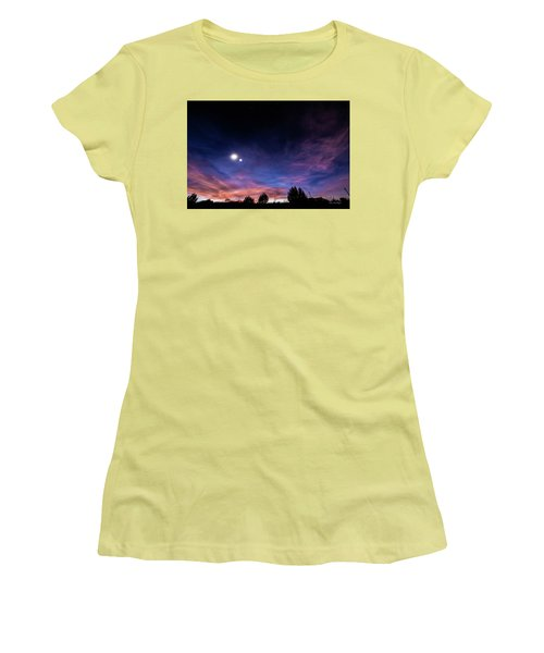 January 31, 2016 Sunset Women's T-Shirt (Athletic Fit)