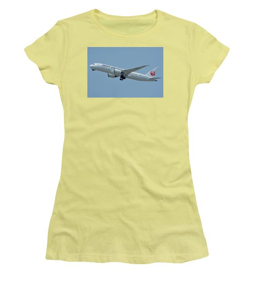 Women's T-Shirt (Junior Cut) featuring the photograph Japan Airlines Boeing 787-8 Ja835j Los Angeles International Airport May 3 2016 by Brian Lockett