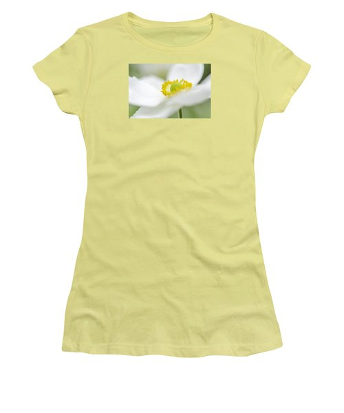 Japanese Anemone Women's T-Shirt (Athletic Fit)