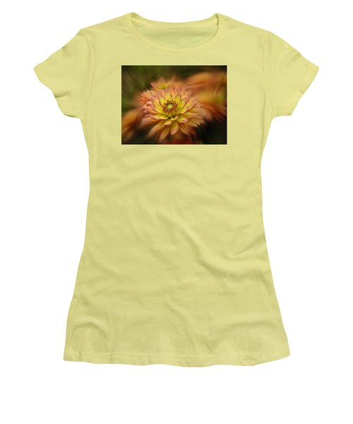 Juiy 2016 Dahlia Women's T-Shirt (Junior Cut) by Richard Cummings
