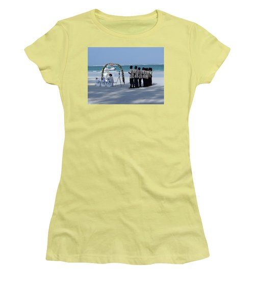 Kenya Wedding On Beach Singers Women's T-Shirt (Athletic Fit)