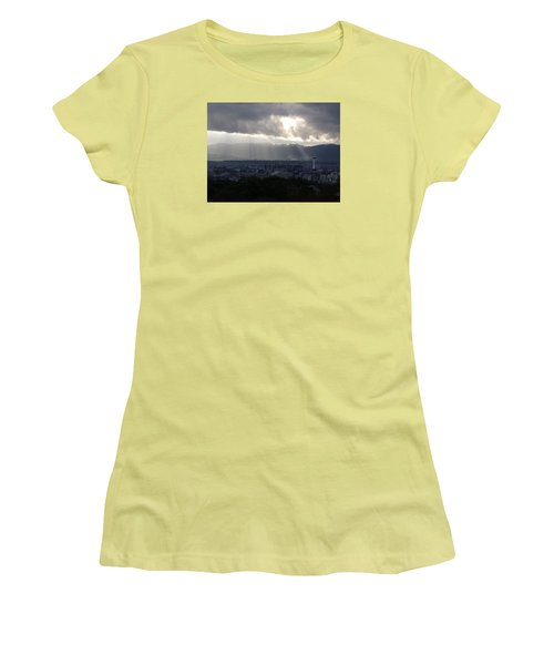 Kyoto Skyline Women's T-Shirt (Junior Cut) by Pete Hall