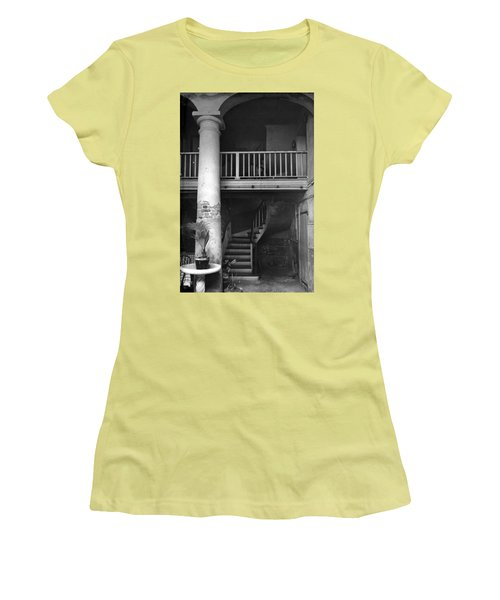 Lafittes Patio At The Absinthe House Women's T-Shirt (Athletic Fit)
