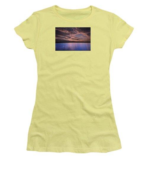 Lake Sunset Xv Women's T-Shirt (Junior Cut)