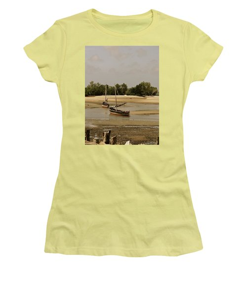 Lamu Island - Wooden Fishing Dhows At Low Tide With Pier - Antique Women's T-Shirt (Athletic Fit)