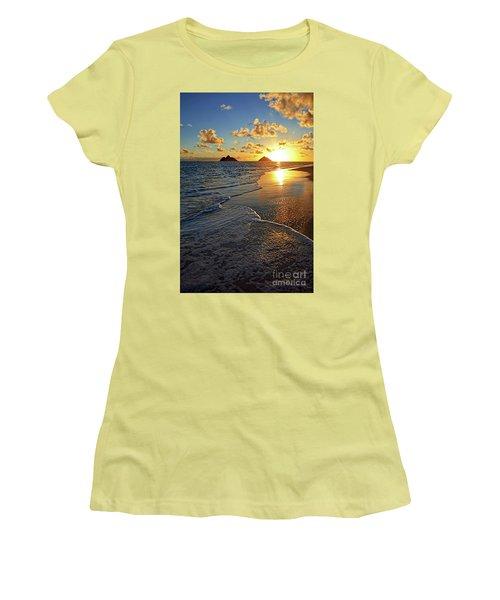 Lanikai Beach Sunrise Foamy Waves Women's T-Shirt (Athletic Fit)