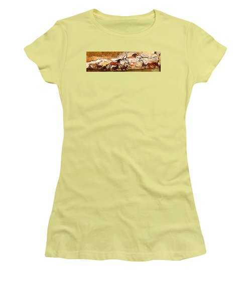 Lascaux Hall Of The Bulls Women's T-Shirt (Athletic Fit)