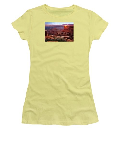 Last Light At Dead Horse Point Women's T-Shirt (Athletic Fit)