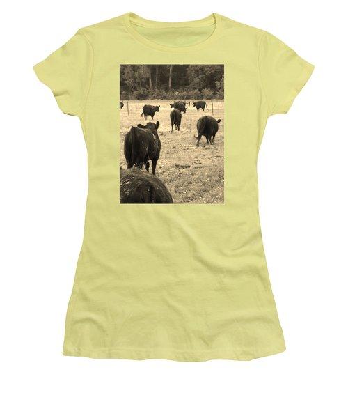 Left Behind,la. Women's T-Shirt (Athletic Fit)
