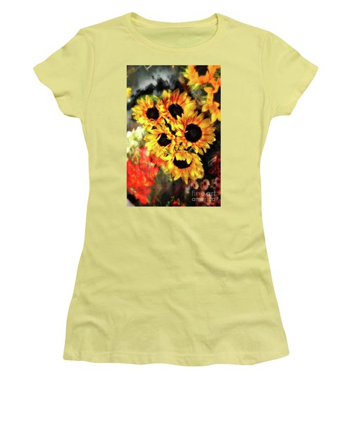 Les Tournesols Women's T-Shirt (Athletic Fit)