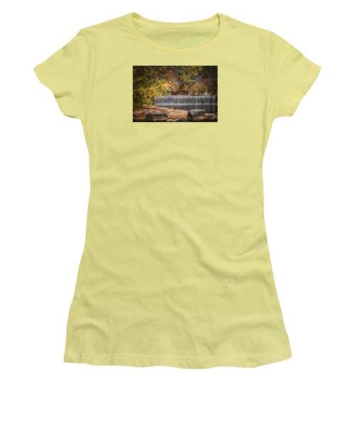 Lindenlure Women's T-Shirt (Athletic Fit)