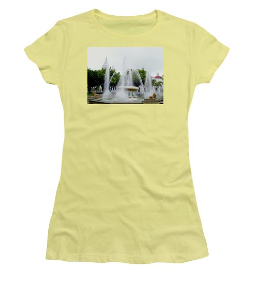 Lions Fountain, Ponce, Puerto Rico Women's T-Shirt (Athletic Fit)