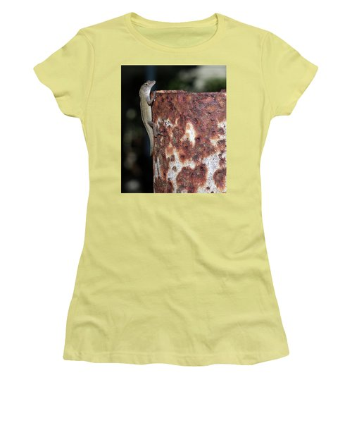 Women's T-Shirt (Junior Cut) featuring the photograph Lizzy by Richard Rizzo