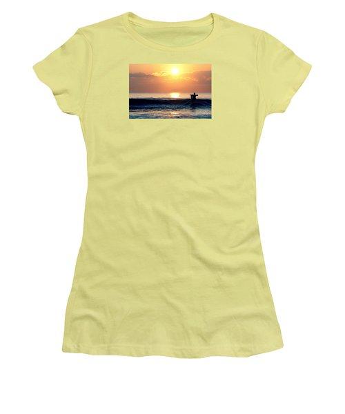 Llangennith Last Wave Women's T-Shirt (Athletic Fit)