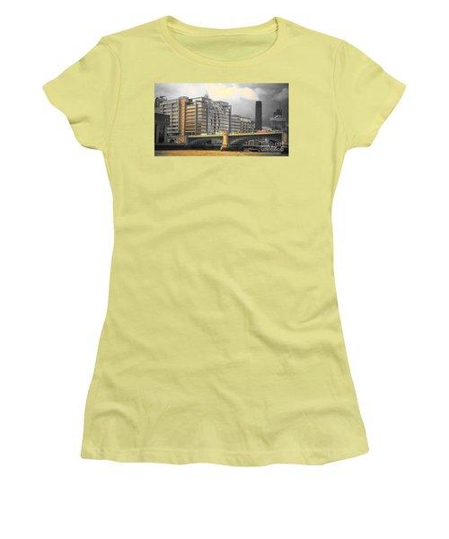 London Women's T-Shirt (Junior Cut) by Therese Alcorn