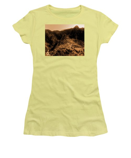 Machu Pichu Women's T-Shirt (Athletic Fit)