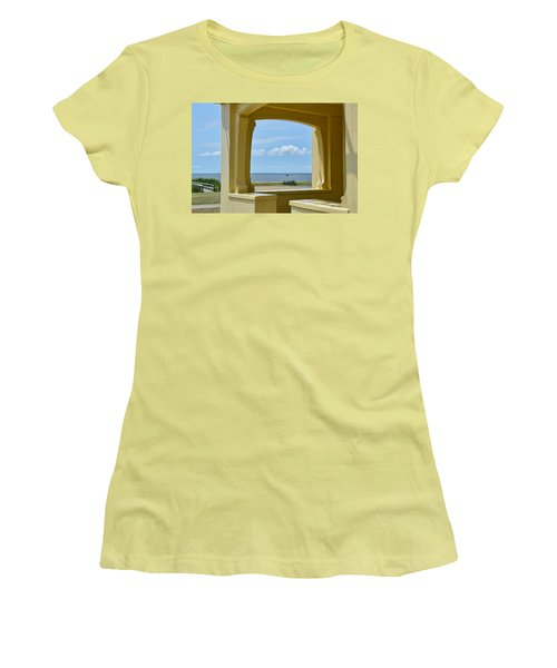 Mansion View Women's T-Shirt (Athletic Fit)
