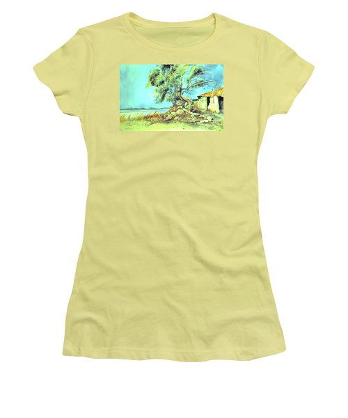 Mayorcan Tree Women's T-Shirt (Athletic Fit)