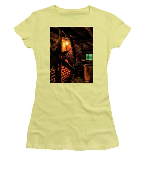 Women's T-Shirt (Junior Cut) featuring the photograph Michie Tavern No. 4 by Laura DAddona