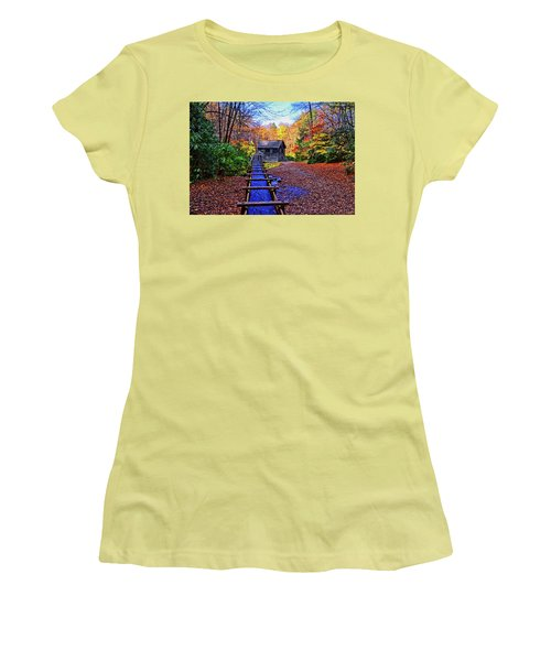 Mingus Mill 002 Women's T-Shirt (Athletic Fit)