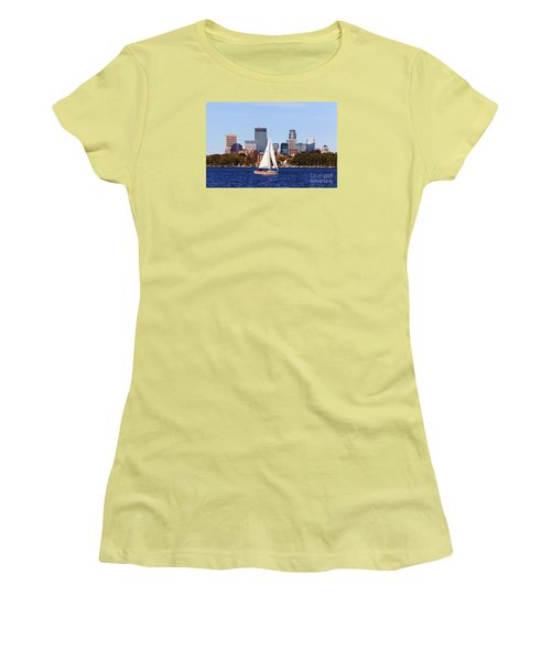 Minneapolis Skyline Lake Calhoun Sailing Women's T-Shirt (Athletic Fit)