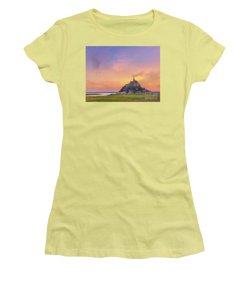 Mont-saint-michel At Dawn Women's T-Shirt (Athletic Fit)