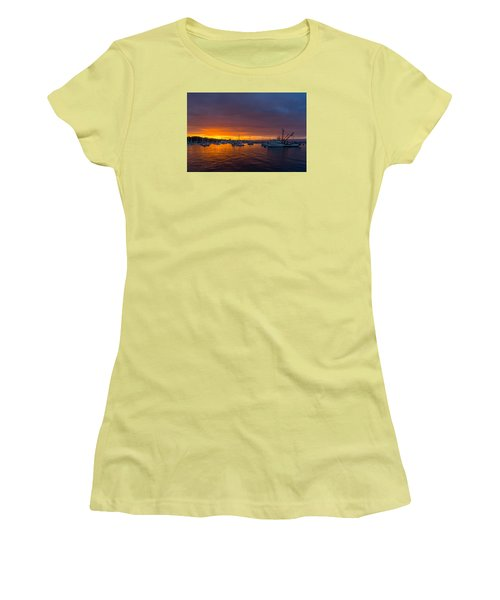 Monterey Marina Sunset Women's T-Shirt (Athletic Fit)