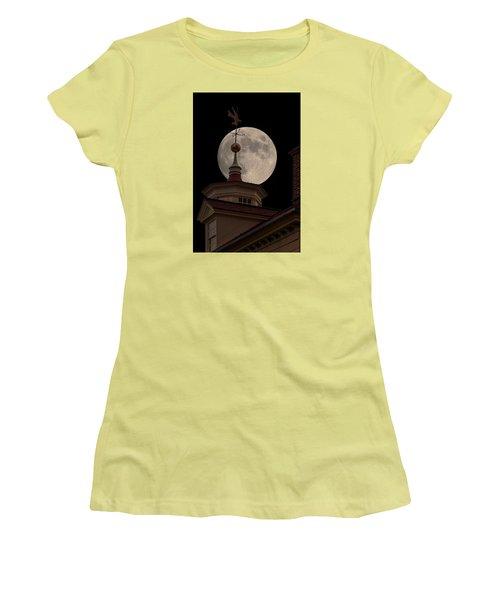 Moon Over Mount Vernon Women's T-Shirt (Junior Cut) by Ed Clark