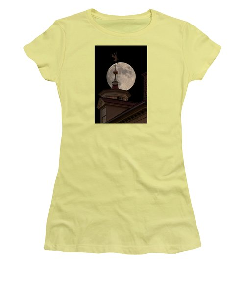 Moon Over Mount Vernon Women's T-Shirt (Athletic Fit)