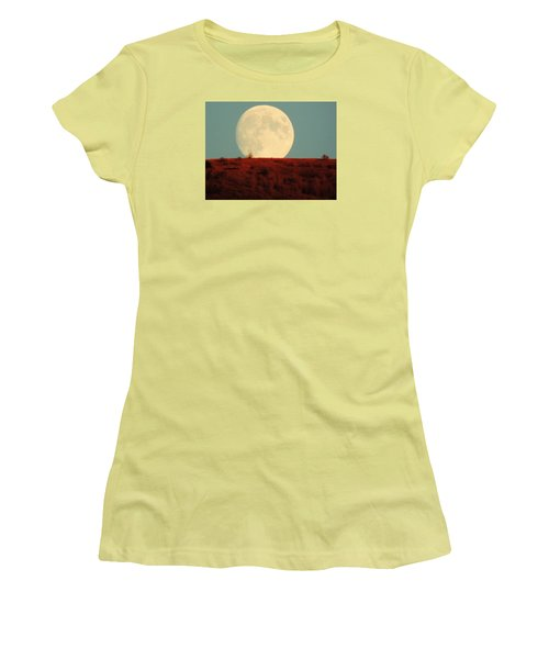 Moon Over Utah Women's T-Shirt (Athletic Fit)
