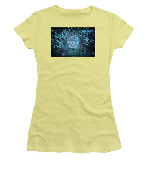 Mossy Ford  Women's T-Shirt (Athletic Fit)