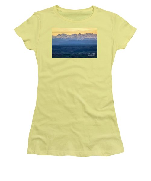 Mountain Scenery 15 Women's T-Shirt (Athletic Fit)