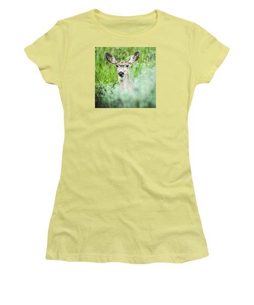 Women's T-Shirt (Junior Cut) featuring the photograph Muley Mule Deer by Daniel Hebard