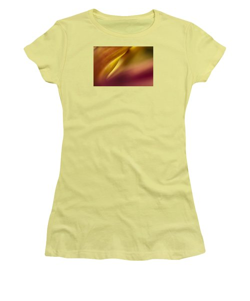 Mum Abstract Women's T-Shirt (Athletic Fit)
