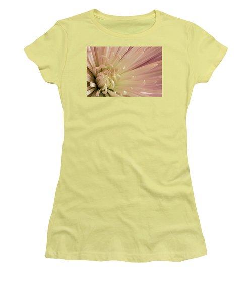 Mum Women's T-Shirt (Athletic Fit)