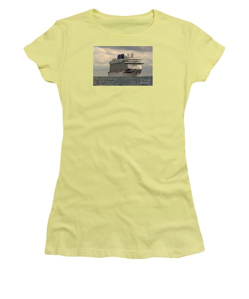 Mv Britannia 2 Women's T-Shirt (Athletic Fit)